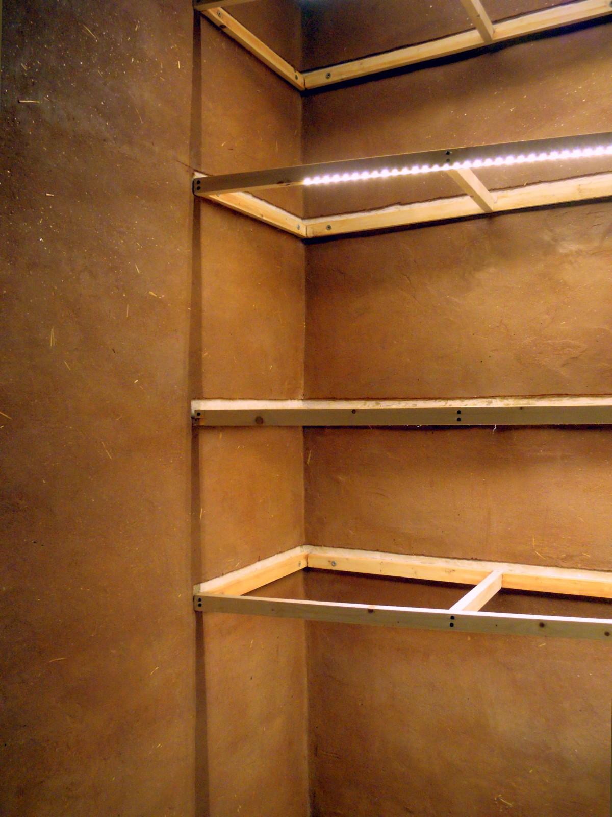 interno-terra-legnoriciclo-5-guardaroba